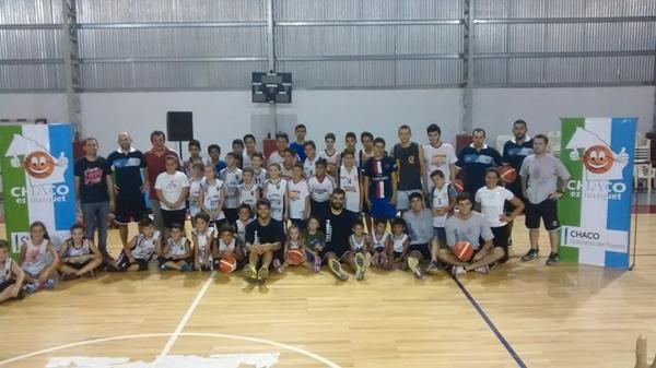 Chaco es basquet Plaza